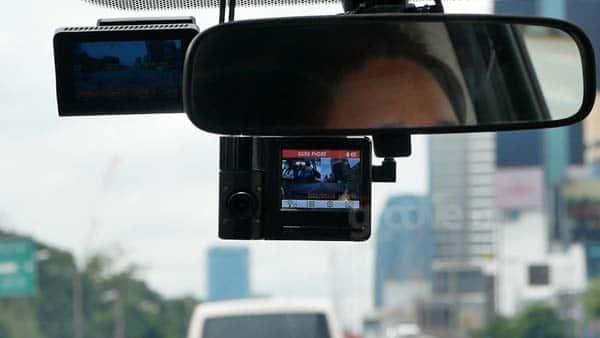 กล้องติดรถบันทึกในห้องโดยสาร